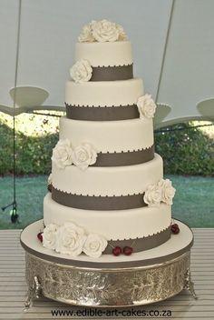 elegant Rose & Cherry cake