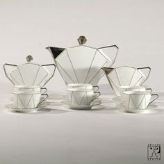 Art Déco coffee set... I would love to have this tea set...gorgeous!