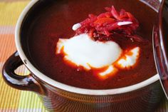 Zeleninový boršč Chili, Soup, Pudding, Desserts, Tailgate Desserts, Deserts, Chile, Custard Pudding, Puddings