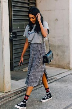 See what Margaret Zhang, Georgia Fowler, and more Australian style stars wore at Resort 2018 Fashion Week Down Under. See what Margaret Zhang, Georgia Fowler, and more Australian style stars wore at Resort 2018 Fashion Week Down Under. Best Street Style, Street Style Outfits, 30 Outfits, Looks Street Style, Cute Summer Outfits, Cool Street Fashion, Mode Outfits, Looks Style, Casual Outfits