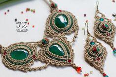 Ensemble de bijoux: collier et boucles doreilles par JuliaZnaidaArt