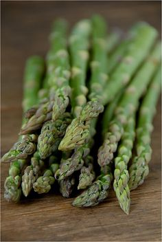 Spring time = Asparagus time... and asparagus-thyme, come to think of it.