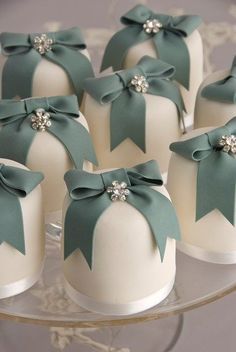 Small wedding cakes - Cakes - YouAndYourWedding