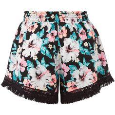 New Look Black Tropical Print Fringed Shorts (173.180 IDR) ❤ liked on Polyvore featuring shorts, bottoms, pants, short, black pattern, print shorts, tassel shorts, patterned shorts, short shorts and fringe shorts