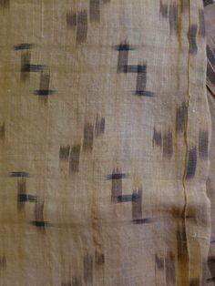 ikat kimono woven from bashofu