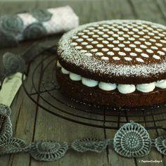 Hot milk sponge cake con farina di castagne e crema di ricotta alla vaniglia http://blog.giallozafferano.it/passionecooking/hot-milk-sponge-cake-alle-castagne/