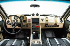 "HOMENAJE. RK Motors Ford Bronco ""Operation Fearless"", pisando fuerte."