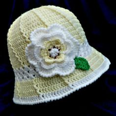 """Crochet Cloche Hat Yellow White with Flower Green Leaf Child 18"""" unstretched Listing in the Caps & Hats,Girls Accessories,Baby, Toddlers & Infants,Clothes, Shoes, Accessories Category on eBid United Kingdom 