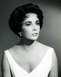 Elizabeth Taylor, as Maggie in 'Cat on a Hot Tin Roof'.
