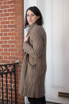 Ravelry: Kailash Cabled Cardigan pattern by Michele Wang - worsted weight Knitted Coat Pattern, Knit Cardigan Pattern, Cable Cardigan, Long Cardigan, Coat Patterns, Knitting Patterns, Knitting Ideas, Long Sweaters, Knit Sweaters