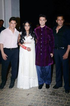 Aamir Khan And Salman During Arpita Aayush Sharma S Wedding Celebrations Bollywood