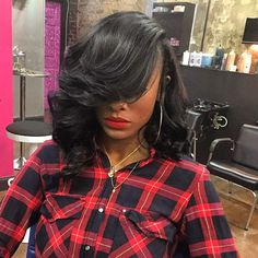 STYLIST FEATURE| I'm in love ❤️with this long #bob done by #AtlantaStylist @kellzatlstylist, installed by @cuzkia_saidso on @tiffanynicoleray It's EVERYTHING #VoiceOfHair ========================= Go to VoiceOfHair.com ========================= Find hairstyles and hair tips! =========================