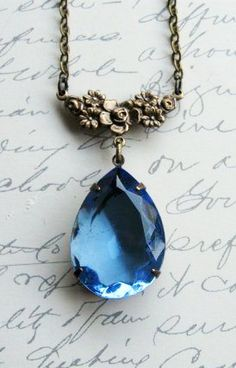 Blue jewel necklace vintage faceted blue glass