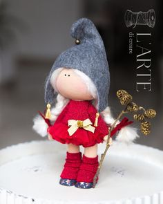 Автоматический альтернативный текст отсутствует. Crochet Toys Patterns, Stuffed Toys Patterns, Fabric Toys, Homemade Toys, Sewing Dolls, Clay Dolls, Pretty Dolls, Felt Diy, Fairy Dolls