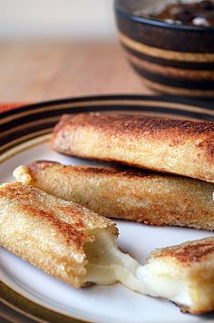 French Onion Soup Sticks; Try making using wonton skins instead of bread?