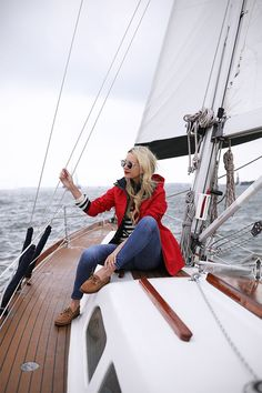 How to Be Best Dressed on a Boat This Summer 985fe78de0bd3