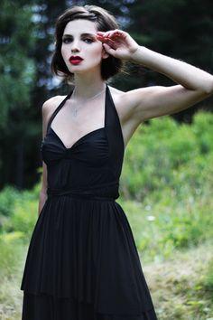 oh shes stunning! black dress red lips, modern retro