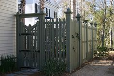Just realized this is the fence from my house in I'On! LOL! Weird to see it on Pinterest.