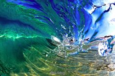 LIQUID GLASS By Nick Selway HAWAII/Surf