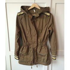 Nwot Willow & Clay Embellished Trim Cargo Jacket