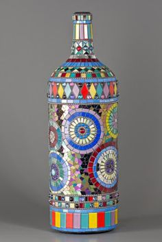Mixed-media mosaic-covered bottle by contemporary artist Nancy Keating Mosaic Crafts, Mosaic Projects, Mosaic Art, Mosaic Glass, Glass Art, Diy Projects, Stained Glass, Cut Glass, Reuse Wine Bottles