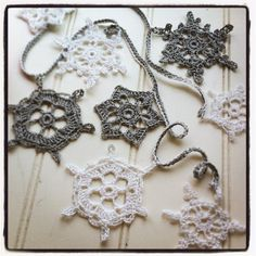 Learn to make this beautiful snowflake bunting http://hoophaberdashery.co.uk/event/crochet-snowflake-bunting-2/