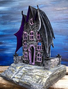 The Count's Keep - Newest Bat Wing House - Halloween house, Putz House, Tim Holtz Halloween, Cardboard House, Glitter house Halloween Gingerbread House, Casa Halloween, Halloween Village, Halloween Haunted Houses, Holidays Halloween, Halloween Themes, Halloween Crafts, Halloween Decorations, Gingerbread Houses