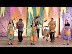 """Canticuénticos """"Cumbia del monstruo"""" Letra y Música: Ruth Hillar Del disco """"Nada en su lugar"""" Gobi Music 2013 Al monstruo de la laguna.... le gusta bailar la..."""