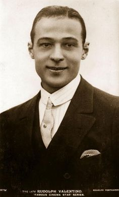 Rudolph Valentino the screen name of Rodolpho d'Antonguolla the ItalianAmerican leading man and great romantic idol Old Hollywood Glamour, Vintage Hollywood, Hollywood Stars, Classic Hollywood, Silent Film Stars, Movie Stars, Burlesque Movie, Rudolph Valentino, Horsemen Of The Apocalypse