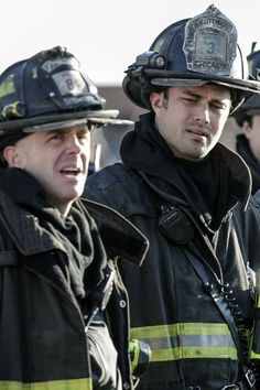 David Eigenberg and Taylor Kinney in Chicago Fire pic - Chicago Fire picture #3 of 62
