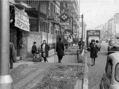 Salida del metro de pueblo nuevo en Madrid en los 60