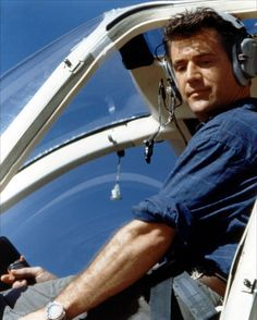 Air America - Publicity still of Mel Gibson. The image measures 767 * 1001 pixels and was added on 15 June Mel Gibson Young, Air America, 1990 Movies, Never Let Me Down, Australian Actors, Greek Gods, Action Movies, Famous Artists, Actor