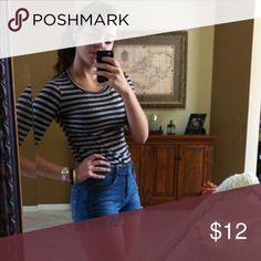 Striped shirt! Perfect with any bottoms this barley use top is perfect for every day wear!! Tops