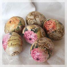 Kraslice s ružami Decor Crafts, Diy Crafts, Image Font, Treat Holder, Egg Art, Egg Decorating, Spring Crafts, Easter Crafts, Craft Gifts