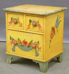 Small Peter Hunt-style Polychrome Paint-decorated Maple Three-drawer Chest | Sale Number 2546M, Lot Number 620 | Skinner Auctioneers $296