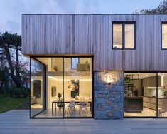 The Glade by DLM Architects « Inhabitat – Green Design, Innovation, Architecture, Green Building The Glades, Villa, Urban Setting, Facade Design, Design Case, House And Home Magazine, Architect Design, New Builds, Modern House Design