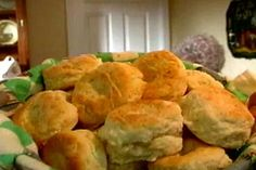 Southern Biscuits recipe from Alton Brown. These are the best biscuits! via Food Network Bagels, Pains Sans Gluten, Food Network Recipes, Cooking Recipes, Bread Recipes, Cooking Network, Wing Recipes, Kefir Recipes, What's Cooking