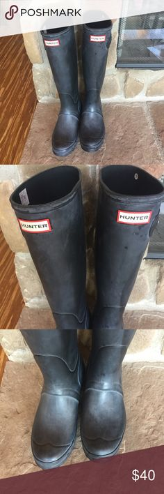 """Hunter Boots size 9 These boots have been worn and are """"matte Black"""". They are slightly faded, pictures show this really well. I've always shined them before wear and they look great again. There are no holes or rips in the rubber and the bottoms are in excellent shape. The buckles are also in really good shape and no problems with them. The last picture shows them after shining Hunter Boots Shoes Winter & Rain Boots"""