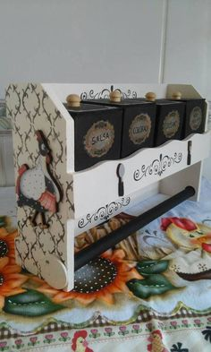 Furniture For Bedrooms Info: 3695168441 Decoupage Vintage, Decoupage Jars, Funny Valentine, Book Crafts, Diy And Crafts, Wood Projects, Projects To Try, Country Paintings, Diy Box