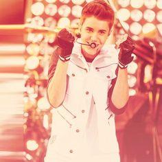 i love him :) Because I Love You, I Still Love You, I Love Him, My Love, Justin Bieber Pictures, I Love Justin Bieber, Pretty Boys, Cute Boys, Believe Tour