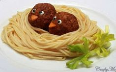 Kindertraktaties: Vogeltjes in spaghetti-nest