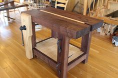 Around the Shop: Short and Sweet (a chairmakers bench)