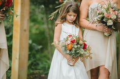 The most adorable (and focused) flower girl // photo by Jennie Andrews + florals by Samuel Franklin #flowergirl #southernwedding #castletonfarms