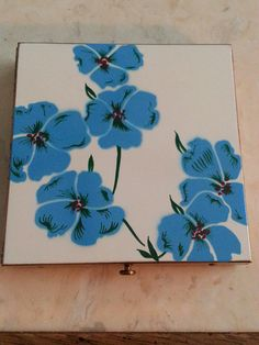 Vintage Gold Tone Blue Flowers Mirrored Compact by MyYiayiaHadThat, $40.00