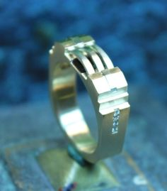Very cool Gents Architectural design wedding band