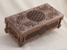 Etsy の Flower of Life Collectors Chest: Gift Box by BulgarMaster
