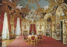 Königsschloß Herrenchiemsee-Speisezimmer mit Tischleindeckdich - zum Schließen ins Bild klicken