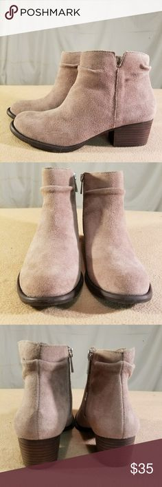 New Jessica Simpson Tan Suede/Leather Ankle Boots These shoes are Brand New/Never Worn and are in PERFECT CONDITION. The heel height of this shoe is 1.5 inches tall. Jessica Simpson Shoes Ankle Boots & Booties