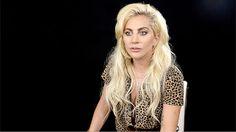 FOTOS HQ: Lady Gaga entrevistada en evento de Universal Music en Alemania | Hey Lady Gaga