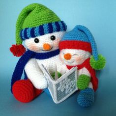 Crochet Reading Snowmen